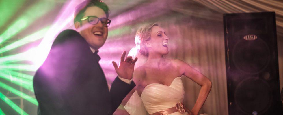 Bardzo szalona Para Młoda, szalone przygotowania, wspaniała ceremoniai niesamowite wesele. Już niedługo zapraszam do obejrzenia reportażu z ich ślubu oraz do komentowania.
